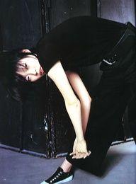 organization:    Y's bis LIMI Soen Apr. 2001 Photographer: Rosemary Styling: Naoko Kikuchi Model: Kae