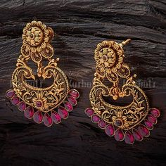 Antique Earring 102988