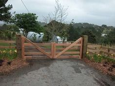 Wood farm gate idea for the driveway