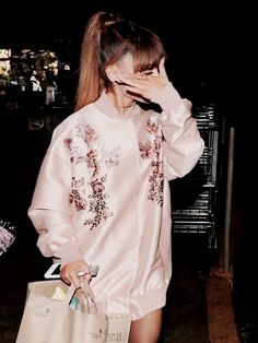ariana grande, pink, and rose image Ariana Grande Fans, Dangerous Woman, Celebrity Style, Celebs, Celebrities, Women, Beautiful Soul, Beautiful Images, Beverly Hills