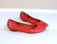 vtg 80s LIPSTICK RED woven leather FLATS 7.5 by TigerlilyFrocks, $36.00