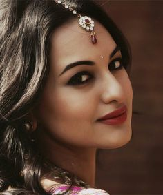Sonakshi Sinha http://usabookmarks.com/story.php?title=what-do-you-like-best-about-your-job-mr-pierre-wardini