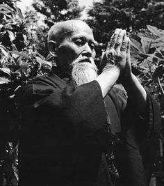 合気道開祖 植芝盛平 Morihei Ueshiba - Fundador del Aikido -