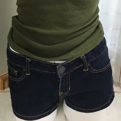 Aeropostale shorts size 5/6 Demin aeropostale shorts like new condition smoke and pet free no holes or stains. Size 5/6 offers are welcome bundle and save!!! Aeropostale Shorts Skorts