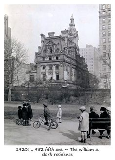 DEMOLISHED: The William A. Clark residence designed by Lord, Hewlett Hull and Kenneth Murchison in 1905 at 952 Fifth Avenue in New York City as seen during demolition in Old Pictures, Old Photos, Vintage Photographs, Vintage Photos, Photo New York, American Mansions, William Clark, Belle Epoque, Old Mansions