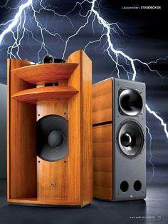 Opera Consonance Anniversary Horn speaker system high end audio… Fi Car Audio, Pro Audio Speakers, High End Speakers, Audiophile Speakers, Horn Speakers, Sound Speaker, Diy Speakers, High End Audio, Hifi Audio