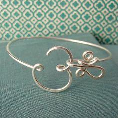 Crown Chakra Bracelet in sterling silver-aum, om, yoga jewelry Chakra Jewelry, Chakra Bracelet, Yoga Jewelry, Wire Jewelry, Jewelry Crafts, Sterling Silver Jewelry, Jewelery, Handmade Jewelry, Jewelry Tree