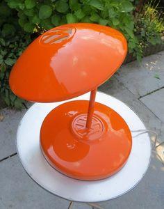 Een lamp gemaakt van wieldoppen!