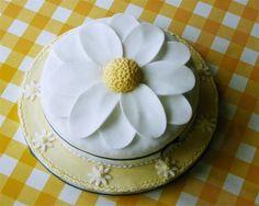 Daisy cake!  :-)