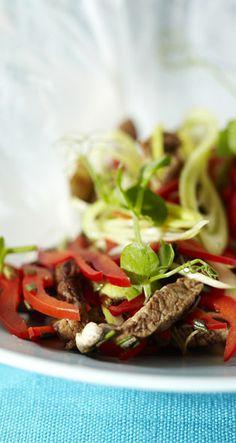 Sweet-and-Sour Pork Saga, Spaghetti, Pork, Beef, Dishes, Ethnic Recipes, Kale Stir Fry, Plate, Ox