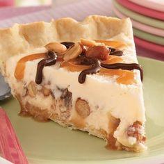 Buster Sundae Pie @keyingredient #dessert #caramel #pie