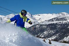 Andorra ski holidays. Маленькое европейское Княжество Андорра - горнолыжный рай. Зима не за горами. Андорра и JamAero.com приглашают Вас в путешествие.