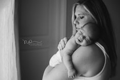 Nicole Parizo is a Chicago photographer specializing in natural light newborn photography.