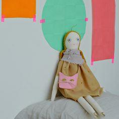 minina loves rag doll