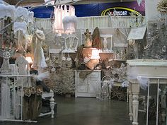 inviting booth display- lots of pictures of booths on this site