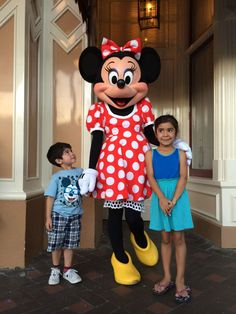 Disneyland Memories From Our Fans | We love to read about family vacations!