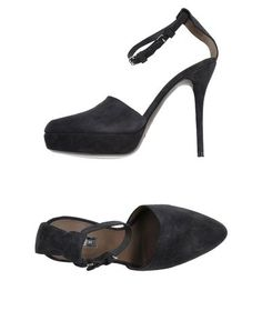 CALVIN KLEIN COLLECTION Sandals. #calvinkleincollection #shoes #sandals