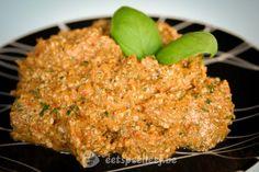 Hennep pesto rosso - Pesto is een van mijn favoriete smaakmakers. Het is makkelijk te maken, snel klaar en zo veelzijdig. Gebruik ze als saus op courgette-pasta of in een lasagne en garneer er je pizza's mee. Met wat meer water erbij heb je in een handomdraai een lekkere dressing voor je salades. Maak je de pesto wat steviger, […]