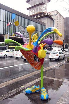 100 artistas transforman 100 teléfonos en São Paulo (Brasil), fotografía de Wally Gobetz (?)