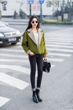 olive cropped peacoat w/ cuffed black skinnies for fall | Skirt the Ceiling | skirttheceiling.com
