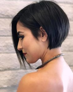 20 Short Sleek Bob Haircuts - Short Bob Cuts
