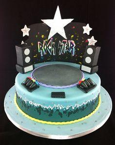 Rock Star Concert Cake | by Diana Sella Sugarcraft & Cake Designer