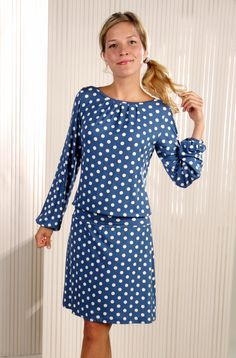 Blau weiß gepunktetes Kleid // dress with dots by Mirastern via DaWanda.com