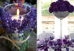 Egy-egy+szolid+asztaldísz+virágokkal+és+mécsesekkel+romantikus+hangulatot+teremt.