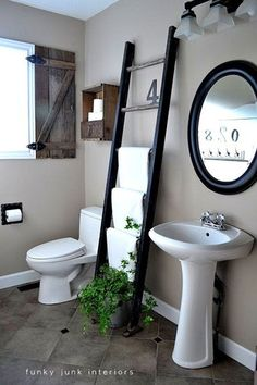Funky Junk Interiors: Old ladder towel rack, I also love the shutter. Bathroom Towel Storage, Diy Bathroom, Bathroom Towels, Bathroom Organization, Bathroom Ideas, Bathroom Ladder, Organization Ideas, Basement Bathroom, Vanity Bathroom