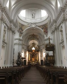 #Fulda #Cathedral is simply spectacular! A truly amazing #building. #architecture #design #religion  #christianity #christian #dom #cross #crucifix #worship #church #travel #tourism #tourist #Germany #Deutschland #IgersFulda #Hesse #Baroque #Catholic #history #culture #Fuldaer #FuldaerDom