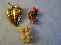 Jewelry Lot Mouse Sombrero Figural Bunny Rabbits & Avon Leaf Perfume Pin Brooch #Avon