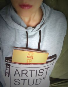 #expressyuorself #artiststudy #creativebook #selfportrait