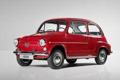 El SEAT 600 cambió la vida de las familias españolas / SEAT
