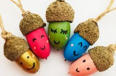 This is such a gorgeous acorn craft for kids. These little acorn people are utterly adorable and would look great hanging from a branch as an autumn decoration. Autumn Crafts, Fall Crafts For Kids, Diy For Kids, Kids Crafts, Big Kids, Holiday Crafts, Fireworks Craft For Kids, Fireworks Art, Beautiful Buns