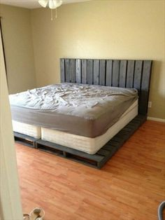 A pallet bed frame is very expensive furniture item that is not easy to afford. But if you have got some old pallets in your courtyard, you can easily make Pallet Furniture Bed, Pallet Bed Frames, Diy Pallet Bed, Pallet Furniture Designs, Wooden Pallet Furniture, Pallet Designs, Furniture Ideas, Wood Pallets, Pallet Ideas
