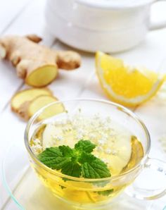 Natural Home Remedies Drink the Pain Away with Ginger Lemon Tea - Feeling a little off? Head to the kitchen and eat your aches and pains away with these home remedies. Natural Remedies For Stress, Natural Cures, Natural Health, Herbs For Health, Health And Wellness, Health Fitness, Natural Medicine, Herbal Medicine, Ginger Lemon Tea