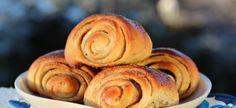 Cinnamon rolls Norwegian Food, Norwegian Recipes, Scandinavian Food, Scandinavian Christmas, Pastry Recipes, Sweet Bread, International Recipes, Food Items, Cinnamon Rolls
