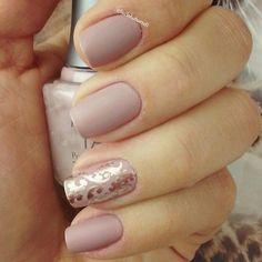 Nude nails | Nail Art | Nail Design | Polish | Polishes | Polished | DIY | Unhas Decoradas | Romantic | Instagram by @lucinhabarteli #Nail Art #Nails #Beauty