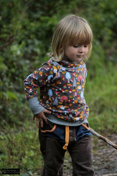 Fabric designed by BORA -- busy gnomes -- Lillestoff -- Deborah van de Leijgraaf -- #fabric #sewing #kidsclothes #kidsfashion #diy #organic #gots