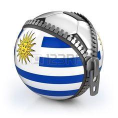 Uruguay país de fútbol - fútbol en la bolsa descomprimido con la impresión de la bandera Uruguay Foto de archivo                                                                                                                                                                                 Más