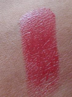 #MAC #SheenSupreme #Lipstick #NewTemptation #review #price and details on the blog #swatch