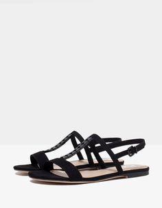 Bershka Deutschland - Sandale Kette BSK 19,99€