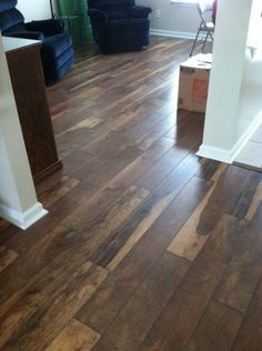 Blakely Laminate In Toasted Hickory Floor It Flooring