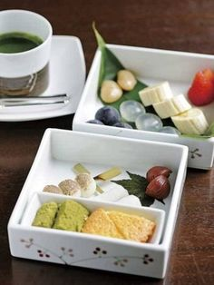 フルーツやお団子、パウンドケーキを、宇治抹茶チョコレートソースにつけていただく「祇園フォンデュ」。ここにきたら是非食べてみたいですね。