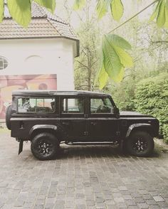 """13 Likes, 1 Comments - @landroverphotoalbum on Instagram: """"Defender 110 CSW By @mrtn_ro_785 #landrover #Defender110csw #landroverdefender #landroverphotoalbum…"""""""