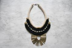 ORAC collier plastron collier aztèque collier par LESBIJOUXDEJOE