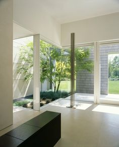 Modern Marin County Residence by Dirk Denison Architects - Home Design and Home Interior White House Interior, Interior Garden, Contemporary Architecture, Interior Architecture, Interior Design, Internal Courtyard, Bungalows, Property Design, Cool House Designs