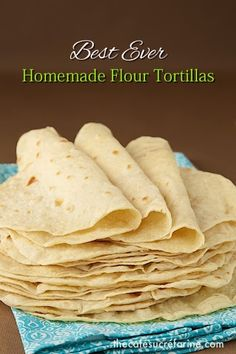 Ever Homemade Flour Tortillas These really are the best ever homemade flour tortillas, no one can believe how easy and delicious they are!These really are the best ever homemade flour tortillas, no one can believe how easy and delicious they are! Mexican Dishes, Mexican Food Recipes, Vegan Recipes, Cooking Recipes, Mexican Desserts, Drink Recipes, Cooking Tips, Freezer Recipes, Freezer Cooking