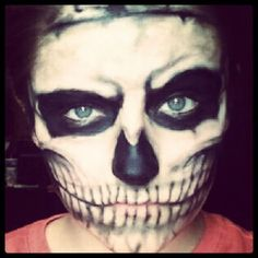 Skeleton with attitude Skeleton Face, Skeleton Makeup, Halloween Images, Halloween Ideas, Halloween Makeup, Halloween Costumes, Costume Makeup, Hallows Eve, Trick Or Treat