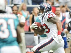 Arian Foster falls off the vegan wagon: Texans tailback just felt like some meat Arian Foster, Texans, Football Helmets, The Fosters, Felt, Pure Products, Felting, Feltro